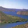 Desde Mequinenza se extiende el embalse conocido popularmente como Mar de Aragón