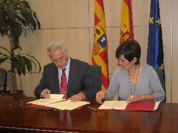 Firma del convenio DGA-RADR 2012-2015